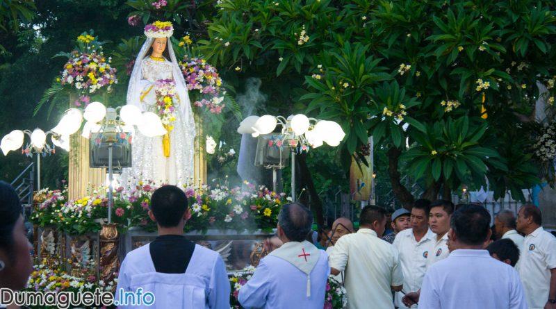 Flores-de-Mayo-Procession