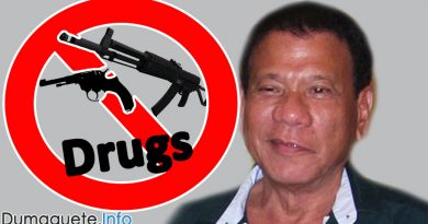 Duterte Sneaks Out on Drug War
