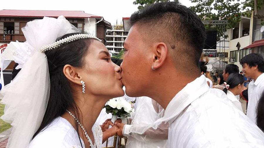 Kasalang-Bayan-2020-Kiss-the-Bride